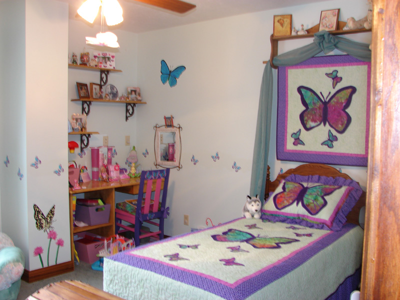 Dormitorios con mariposas for Dormitorio 6m2