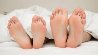 Pria Tewas Setelah Pakai Perekat Pada Kemaluan Untuk Pengganti Kondom