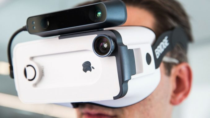 Best VR Headset for iPhone 11, 11 Pro, and 11 Pro Max 2019