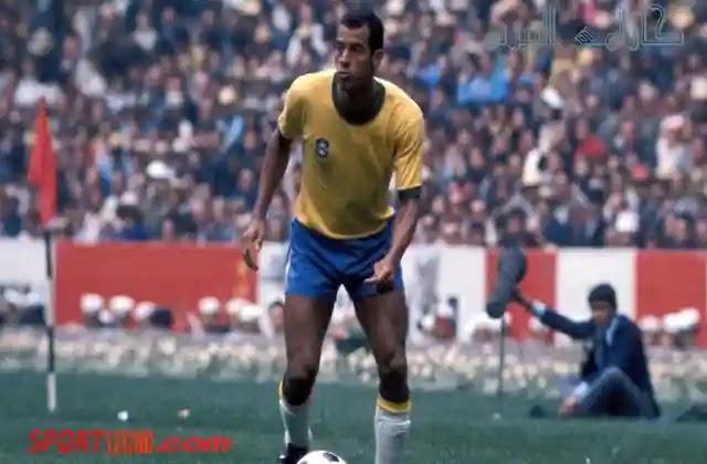 كارلوس البيرتو نجم منتخب البرازيل