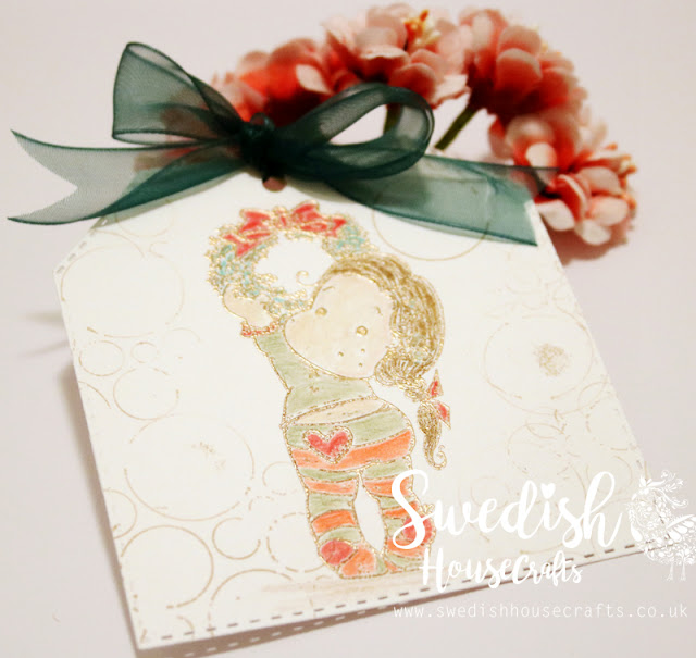 Quick Xmas tag using Gummiapan dies | By Anna Sigga