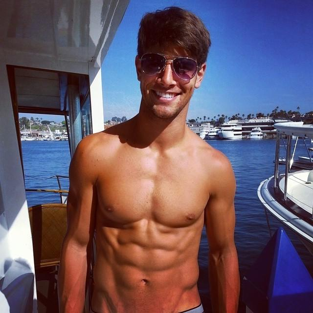 adorable-male-models-abs-shirtless-franky-cammarata-pictures