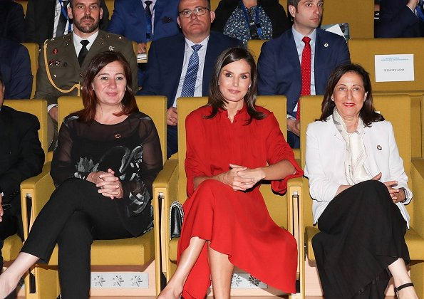 Queen Letizia wore a flared dress by Salvatore Ferragamo. Queen wore Salvatore Ferragamo long sleeve flared midi dress