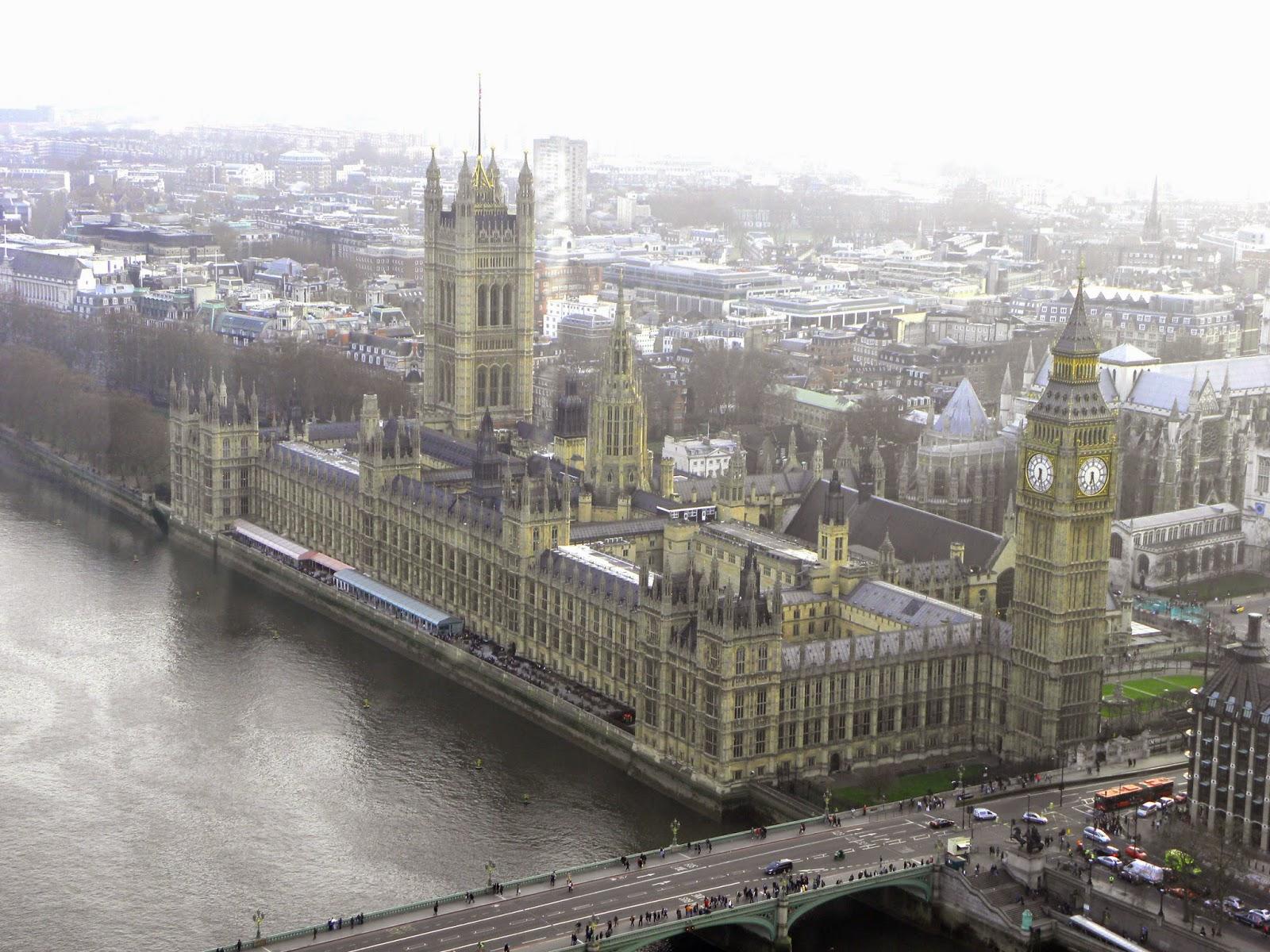 Palacio-de-Westminster-Parlamento-Inglês-Londres