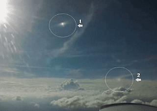 Um Experiente piloto registrou dois supostos OVNIS no céu de Minas Gerais, Brasil.