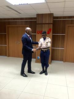 Tony Elumelu meets UBA security guard who returned $10,000