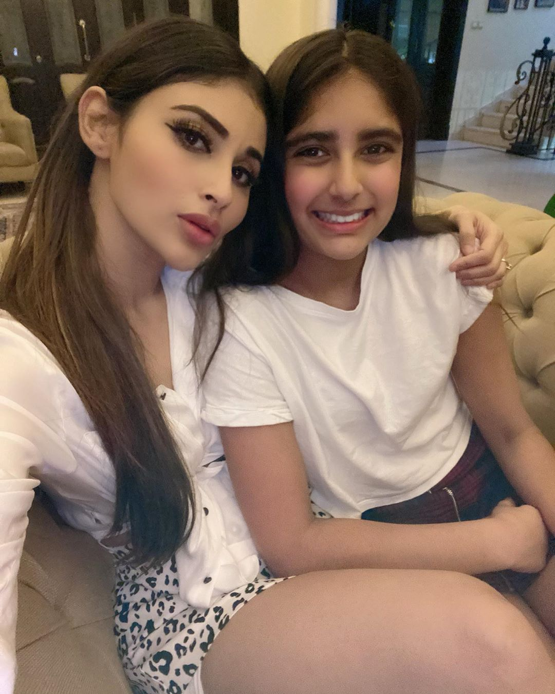 Mouni-Roy-shares-photos-white-crop-top-and-leopard-print-skirt
