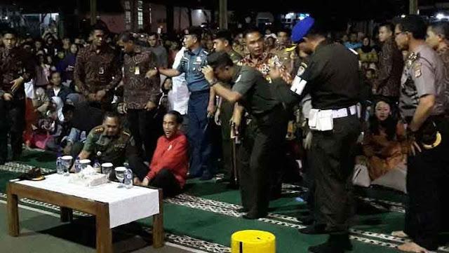 Nobar Film G30S/PKI, Panglima TNI Duduk Bersebelahan dengan Presiden Jokowi