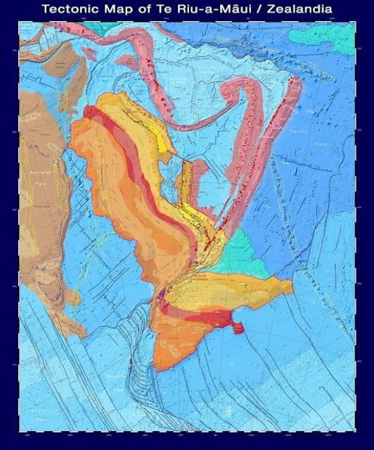 Una mappa tettonica che mostra l'età e il tipo di roccia sotto la Zealandia.