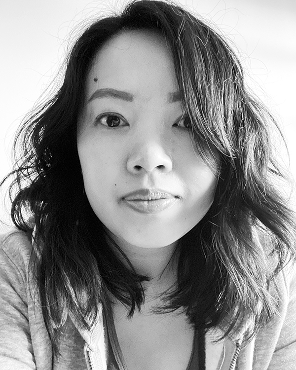 Black and white selfie of Vancouver beauty and lifestyle blogger Solo Lisa