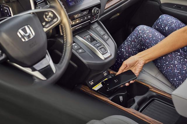 Honda CR-V Hybrid 2020 - interior