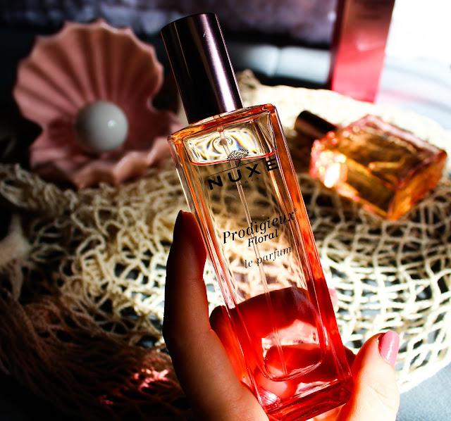 nuxe-floral-parfem-recenzija-notino_hr