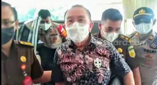 Tanpa Diborgol dan Baju Tahanan Saat Tiba di Kejagung, Djoko Chandra Sebut Mau Jalan-jalan