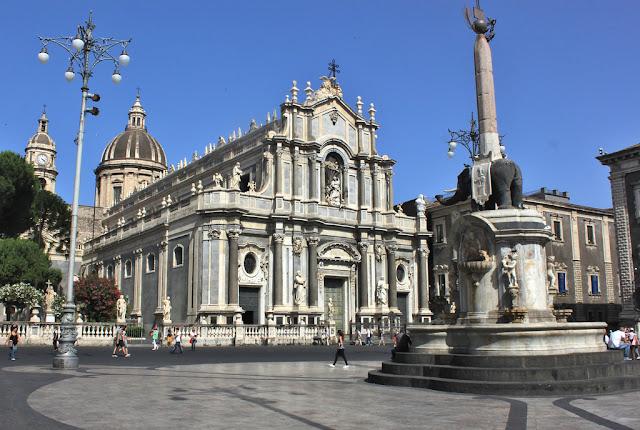Piazza del Duomo em Catania