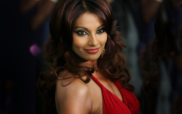Cool Bipasha Basu Images Wallpaper