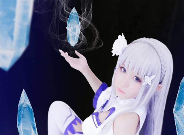 Cosplay Emilia [Re:Zero kara Hajimeru Isekai Seikatsu] Kawaii Super!