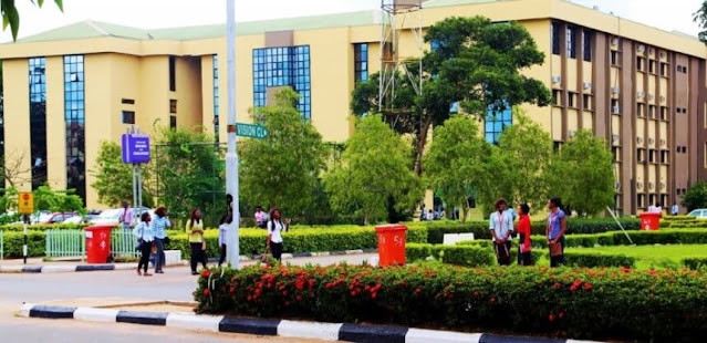 Omo! Check Out EXPO A UNN Student Was Caught In The Hall With