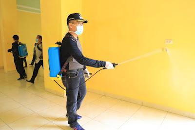 Bupati Zaiful Pimpin Penyemprotan Desinfektan Penanganan COVID-19