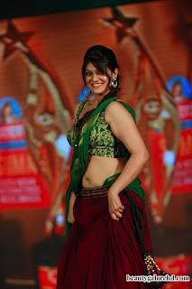 Siya Gautam in Beautiful Purple Saree and Green Choli Stunning Pics