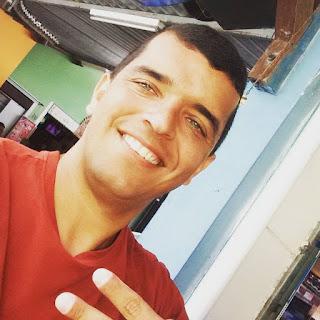 Radialista é morto a tiros em restaurante em Campina Grande