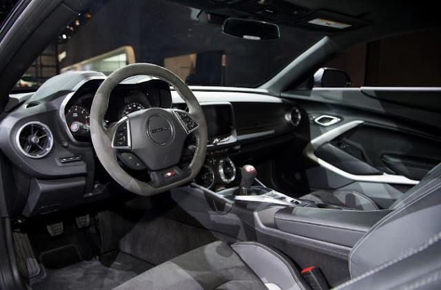 2017 Chevrolet COPO Camaro Interior