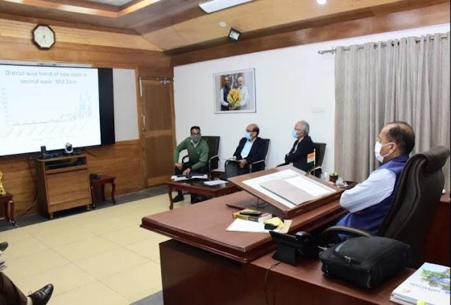 हिमाचल में एक मई तक बंद रहेंगे शिक्षण संस्थान, फील्ड स्टाफ के तबादलों पर प्रतिबंध