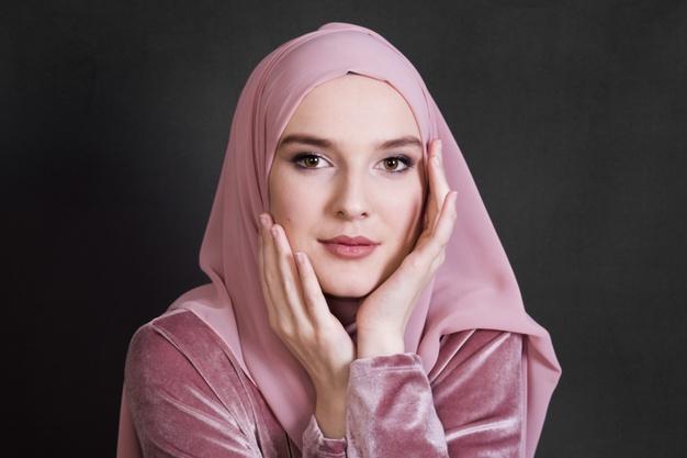 Contoh Iklan Produk Hijab