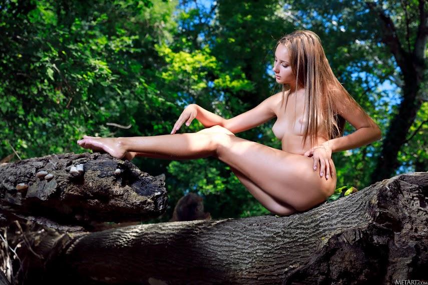[Met-Art] Rosalina - Queen of the Jungle
