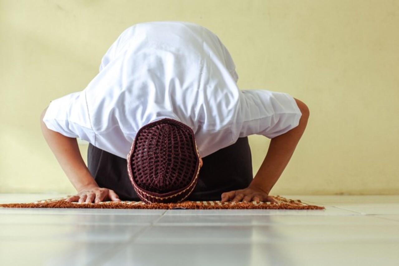 Idul Fitri, Taat Ilahi Sepenuh Hati