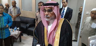 Dubes Saudi Kisahkan Kelompok Syiah yang Pernah Merobek Kiswah Ka'bah dan Mencuri Hajar Aswad
