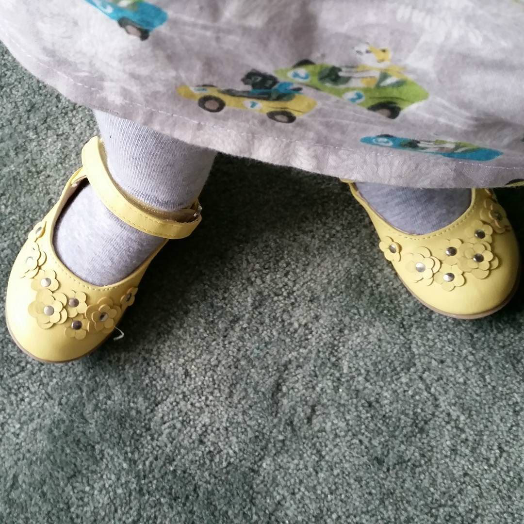 This Little Big Life: New yellow shoes