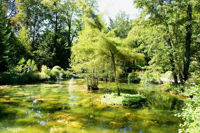 Il parco del maniero immerso nel verde