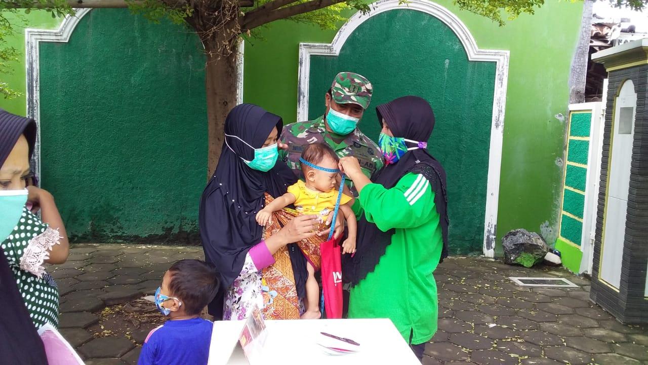 Babinsa Buko: Saat Pandemik Covid 19 Pelayanan Posyandu Tetap Dilaksanakan