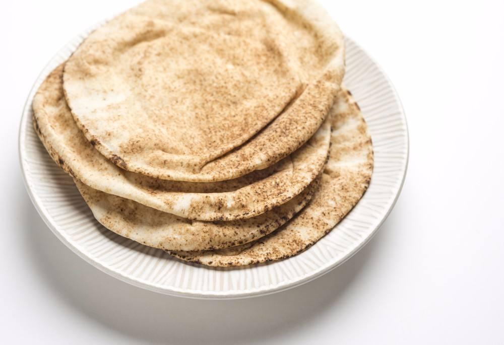 طريقة عمل الخبز اللبناني في المنزل