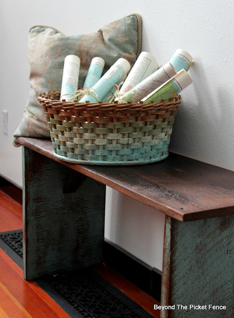 Upcycle Thrift Store Baskets with Paint for Spring