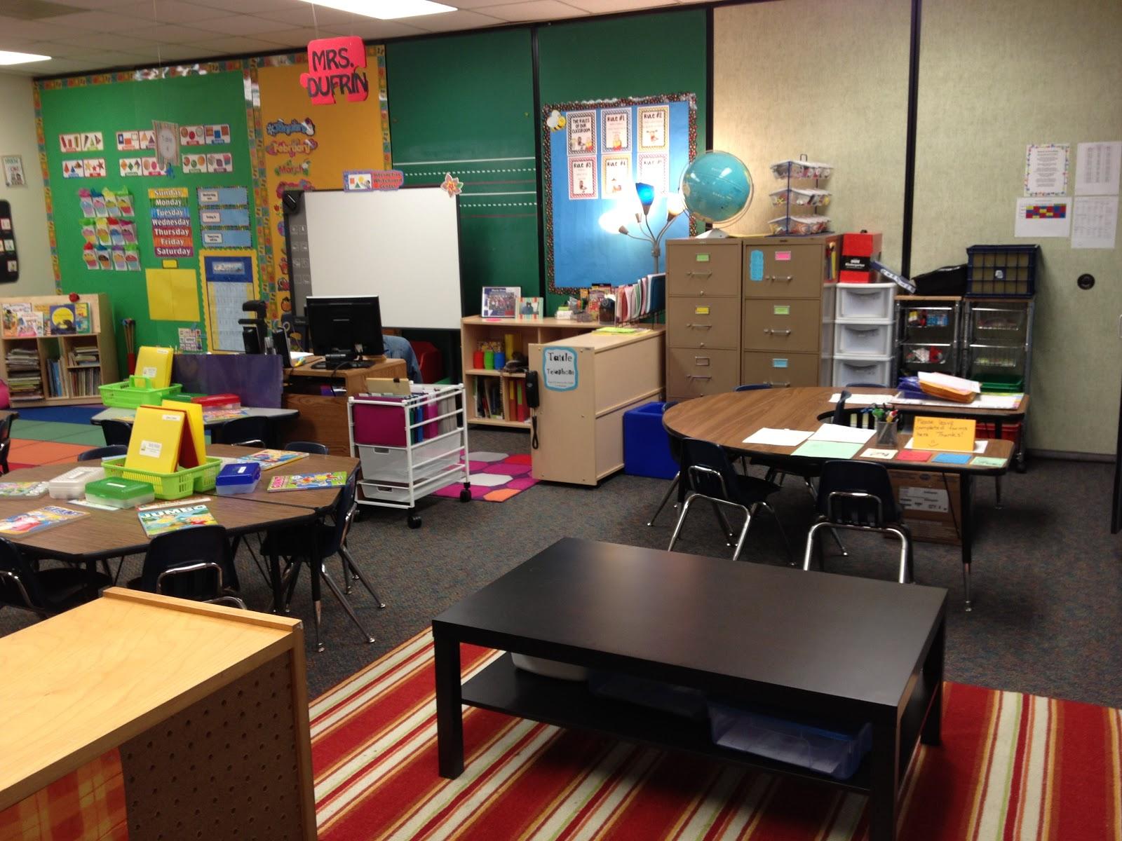 Kindergarten Classroom: The Cutest Little House In Town: My Kindergarten Classroom