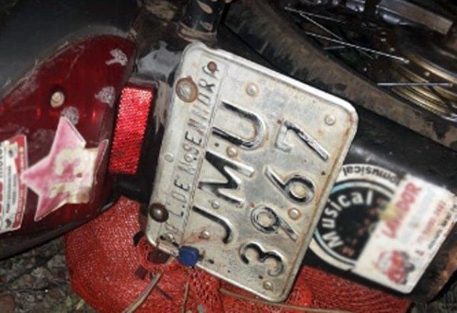 Motociclista morre após colisão entre moto e caminhão na BA-148, entre Livramento e Dom Basílio