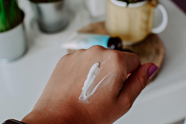 Rewitalizujące serum olejowe do twarzy Senelle