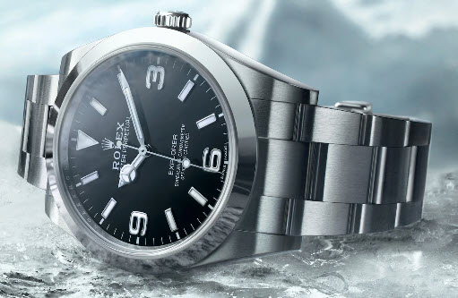 Memakai Merek Jam Tangan Mewah Kelas Dunia Rolex