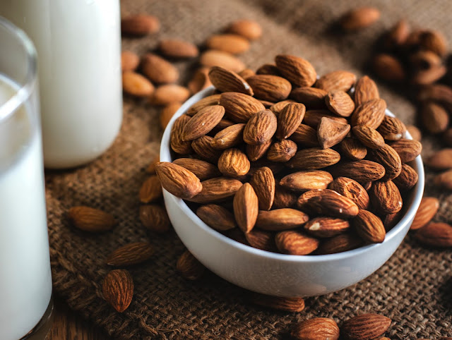 10 benefits of almonds for body health