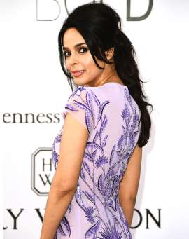 Bollywood Star Beaten and Gassed Near Paris Hotel Where Kim Kardashian Was Robbed