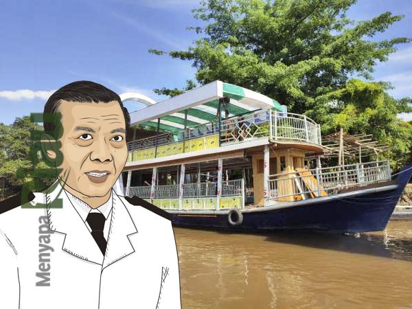 Pemko Pekanbaru saat ini tengah menyiapkan satu kapal yang akan digunakan sebagai restoran terapung, nantinya kapal ini akan dimodifikasi menyerupai Jembatan Sultan Abdul Jalil Alamuddin Syah atau yang lebih dikenal dengan Jembatan Siak IV.  Sekarang restoran kapal terapung ini sudah dalam tahap finishing. Rencananya restoran terapung Pemko Pekanbaru ini akan dioperasikan akhir Juli 2020 mendatang. Restoran terapung ini merupakan yang pertama di Riau serta ini akan menjadi objek wisata baru di kota Pekanbaru.  Rencananya untuk dermaga restoran terapung ini adalah di dekat Rumah Singgah Tuan Kadi.  Nantinya, dalam satu hari, restoran terapung bisa melayani 6 trip perjalanan. Para pengunjung akan diajak berkeliling Sungai Siak sambil menikmati berbagai makanan yang disajikan.  Rencana awal ada enam trip perjalanan setiap hari, wisata sarapan pagi, makan siang, kemudian wisata sunset sore dan kemudian wisata santai malam.  Pengoperasian restoran terapung ini merupakan salah satu upaya Pemerintah Kota Pekanbaru melalui Disbudpar untuk menarik minat wisatawan datang ke Kota Bertuah.