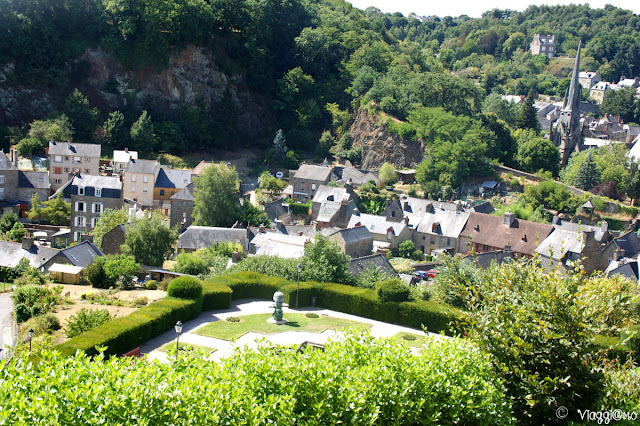 Vista dei giardini pubblici di Fougeres