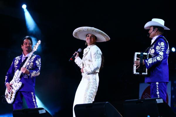Galer a concierto alas ciudad de m xico noticias de for Chismes del espectaculo en mexico