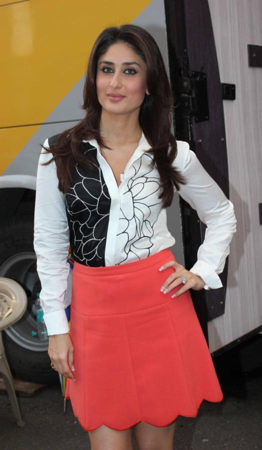 Kareena Kapoor Latest Photo Kareena Kapoor Legs Show Photoshoot In White Shirt Mini Pink SkirtIn White Dress