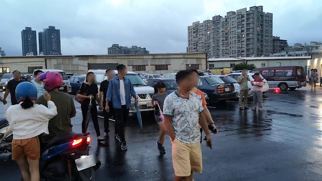 IMG 20190817 183124 - 大慶夜市今天開幕啦!人潮竟然比旱溪夜市還要塞,有些區域根本塞到走不動!