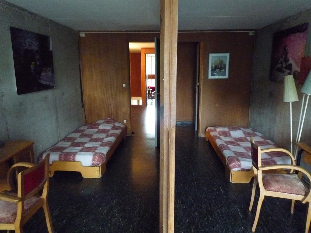 architectures de cartes postales 1 cit radieuse et de 5. Black Bedroom Furniture Sets. Home Design Ideas