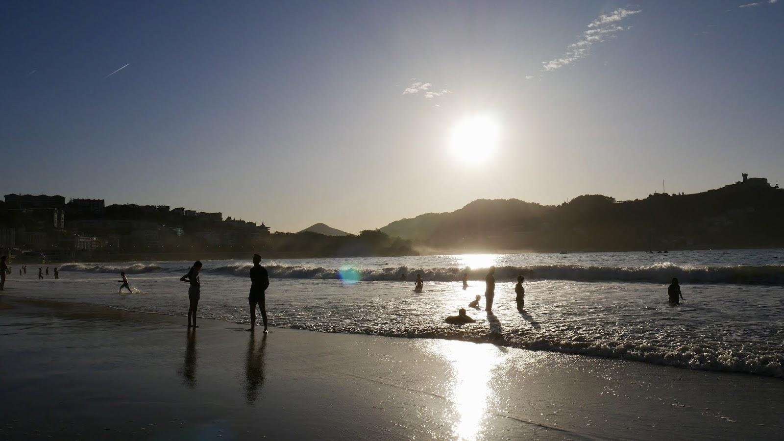 Coucher de soleil Playa de la Concha San Sebastian Pais Vasco España