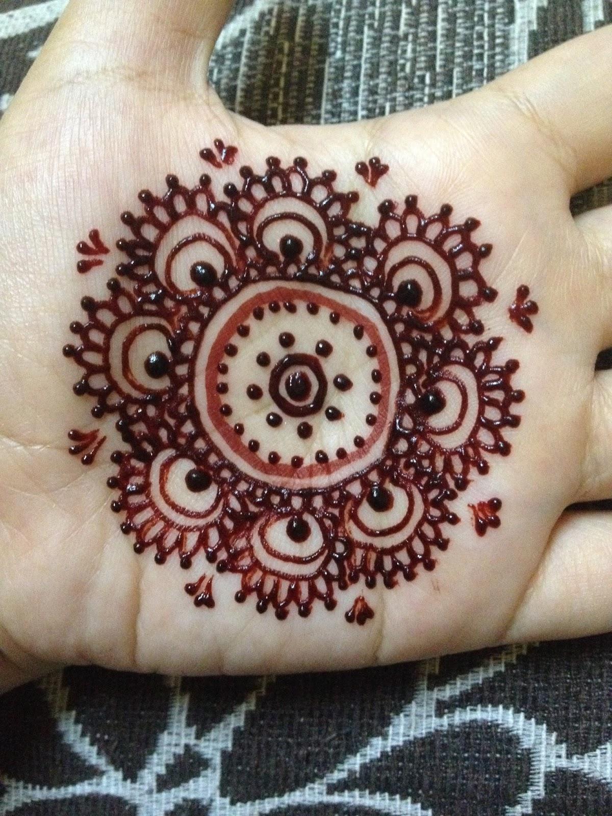 Gambar Henna Telapak Tangan Sederhana Balehenna