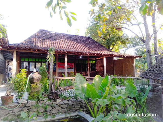 Buka Bersama & Pengumuman Kelulusan di Angkringan Puncak Bibis, Yogyakarta
